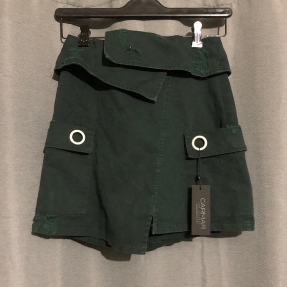 LF Dresses & Skirts - LF carmar cargo skirt